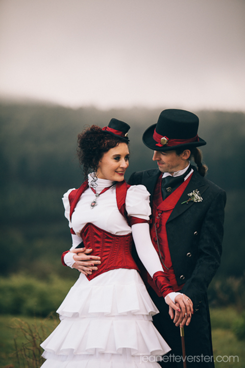 Pin By Barb Lafontaine On Steampunk Stuff Wedding Dress Clothing