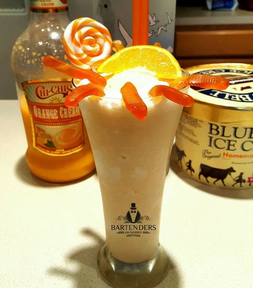 Orange Cream Shake Makes 1 Pitcher 2 1 2 Cups Chi Chis Orange Cream 8oz Bluebell Vanilla Ice Cream 5 Cups Ice 1 2 Ice Cream Shake Orange Cream Ice Cream Mix