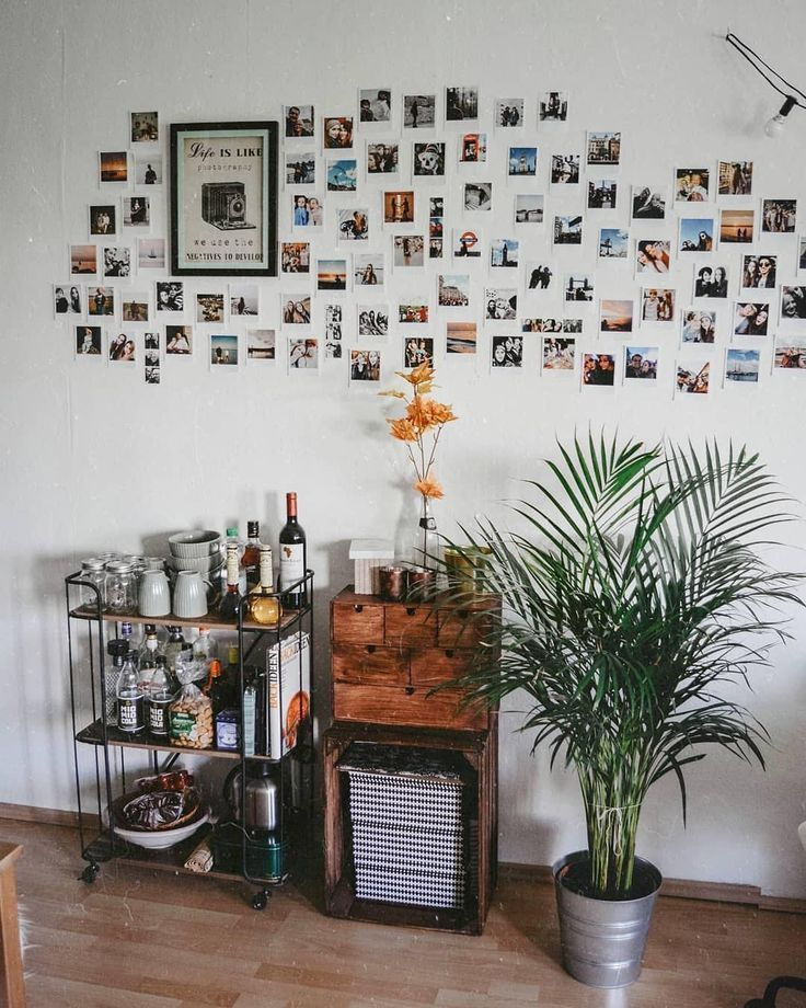 Bring some retro charm to your home: With Retropix you can create your own prints in a vintage look. They don't just look like instant pictures of yesteryear but they also feel like them. With your Retropix, you have countless ways to decorate and design your individual photo walls. And they are also ideal as giftsYesteryear ...