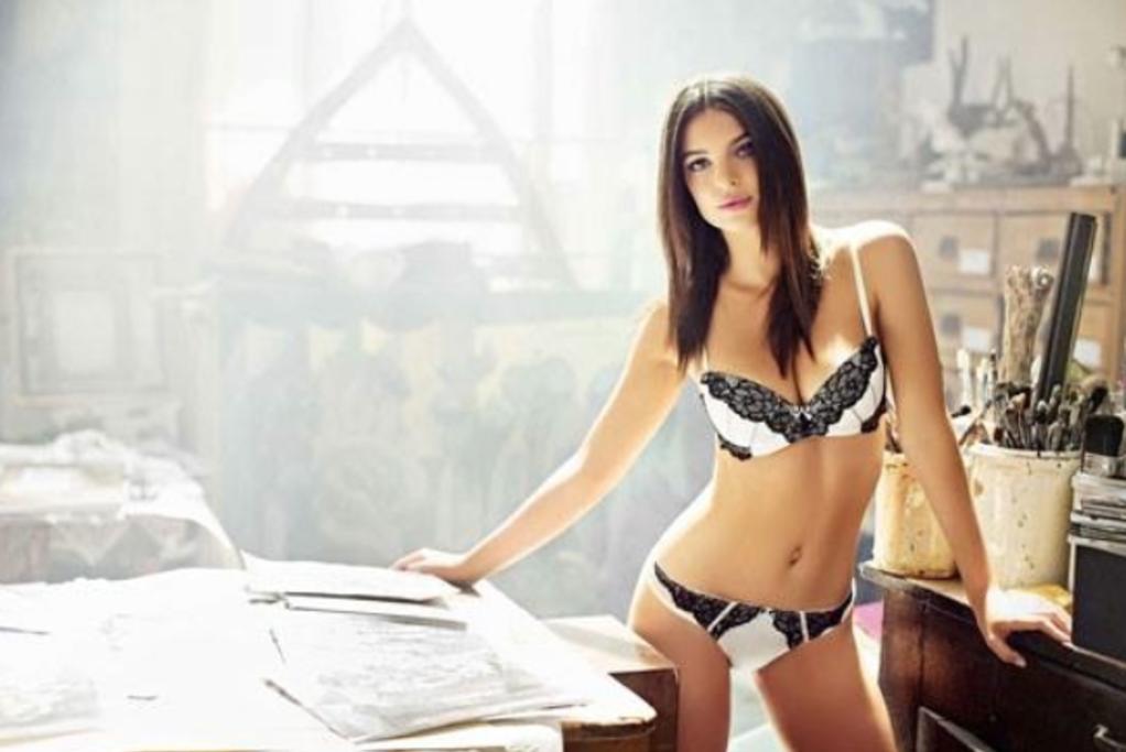 6bcb048ca 20 Photos Of Emily Ratajkowski Being Ridiculously Sexy In New ...