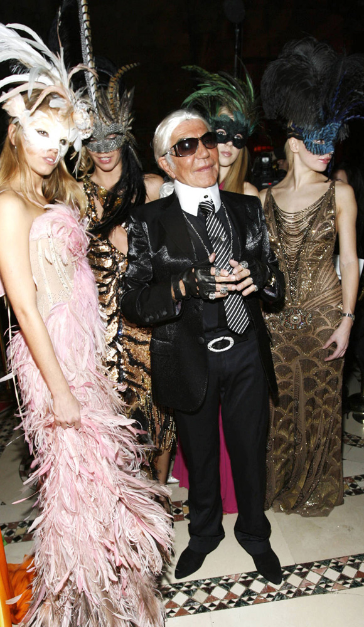 Roberto Cavalli (dresses as designer Karl Lagerfeld) at the Cavalli Cipriani Halloween Ball 2007 hosted by Roberto Cavalli and Giuseppe Cipriani on October ...  sc 1 st  Pinterest : halloween ball costumes  - Germanpascual.Com