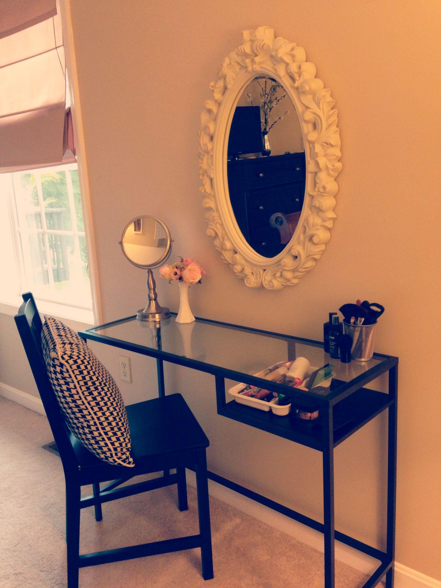 Makeup table bedroom pinterest vanities twin bedroom ideas