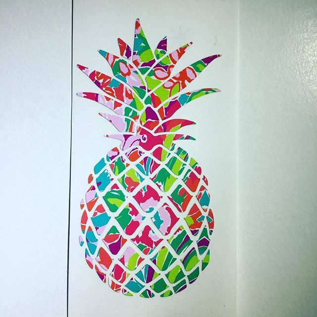 When life hands you Pineapples make Pina Coladas!! Love our new pineapple decals in the shop! Happy SundayFunday! #ssmonogramshop #etsy #shoplinkinbio #pineapples