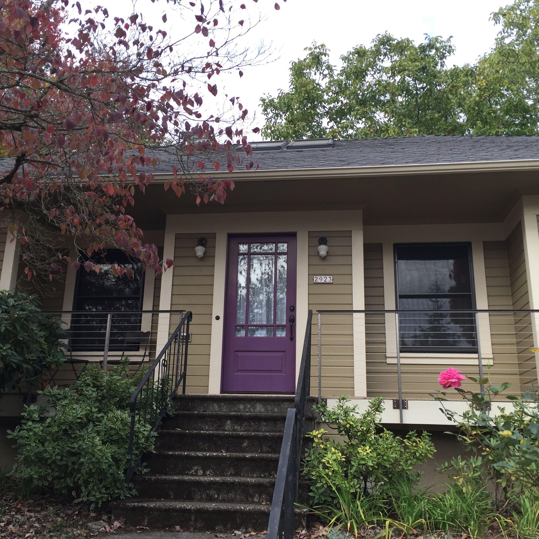 Neighborhood house.  Love colors.
