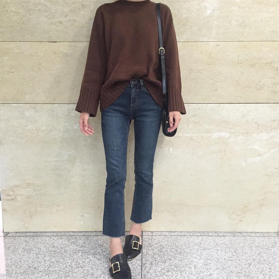 Korean flannel outfits  겨울니트 데일리룩프롬더썬블로그마켓아페쎄하프문백  FASHION