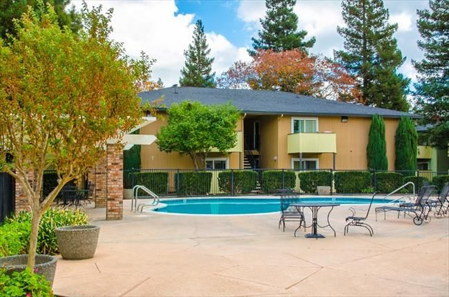 Sacramento Apartments Welcome To Lotus Landing Located In Sacramento Ca We Offer Newly Remodele Affordable Apartments Renting A House Sacramento Apartments