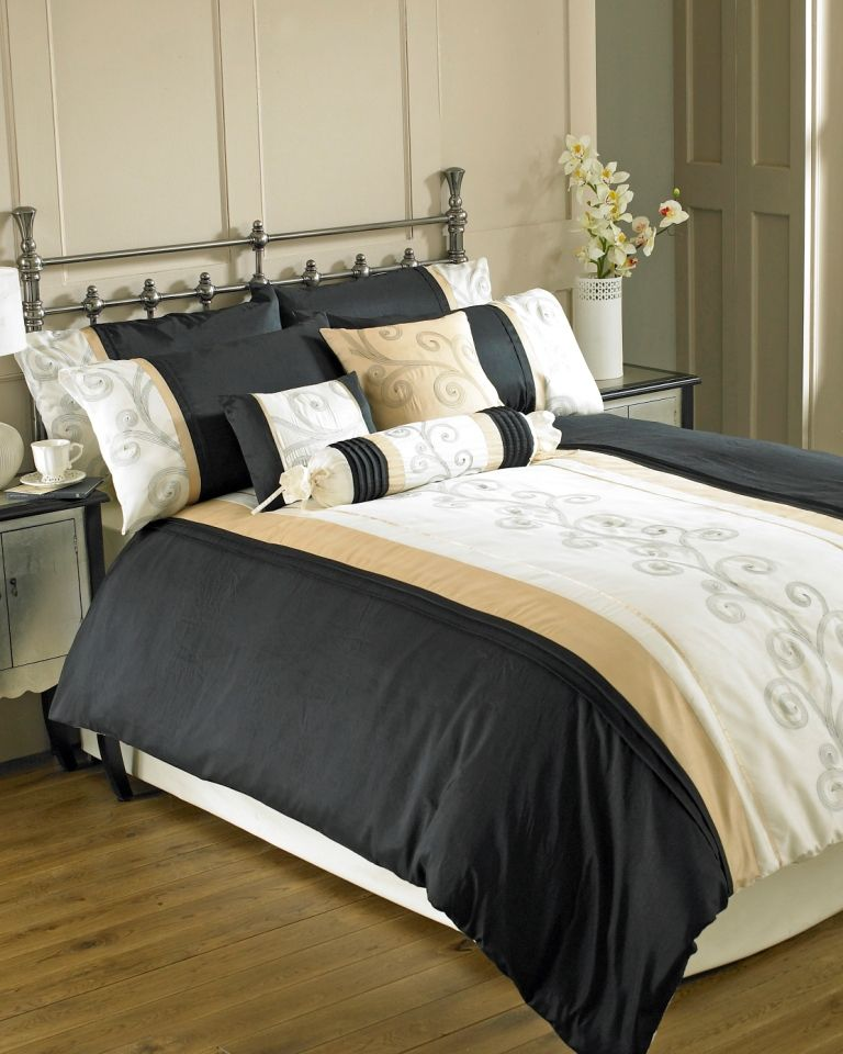Scroll Duvet Set And Accessories Gold Bedding C2b Fabric Curtains Bedding And Curtain Sets Gold Duvet Bedroom Decor Dark