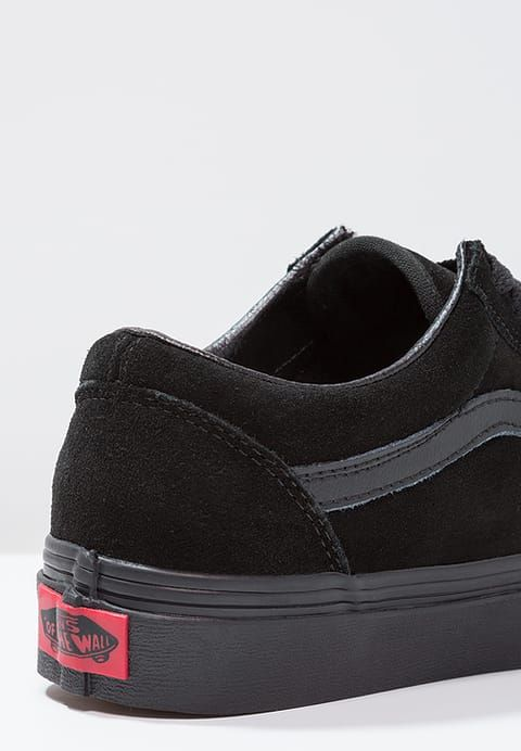 UA OLD SKOOL Baskets basses black @ ZALANDO.FR </p>                     </div> 					<!--bof Product URL --> 										<!--eof Product URL --> 					<!--bof Quantity Discounts table --> 											<!--eof Quantity Discounts table --> 				</div> 			</dd> 						<dt class=