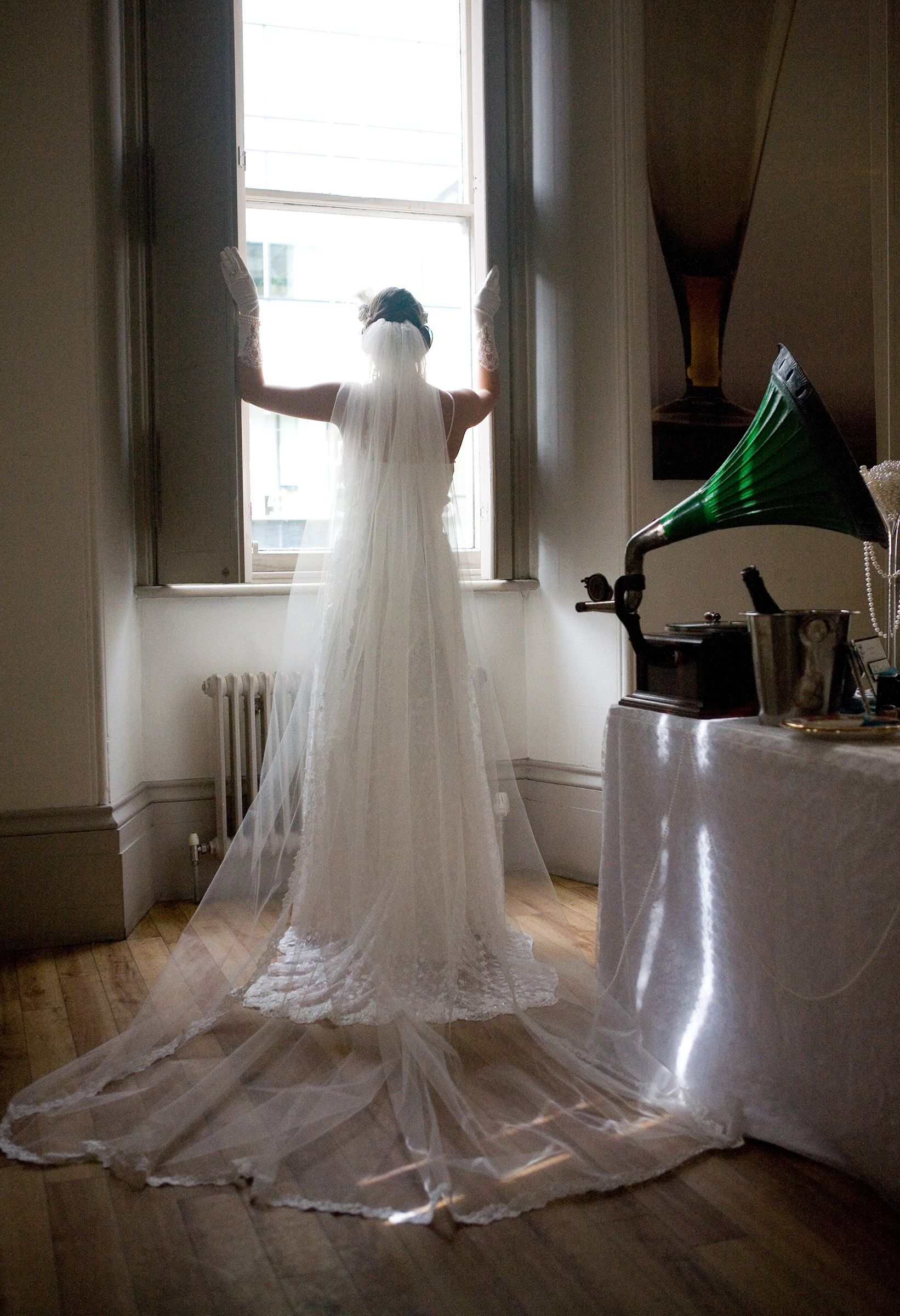 Pearl dripping from champagne glass us wedding style downton