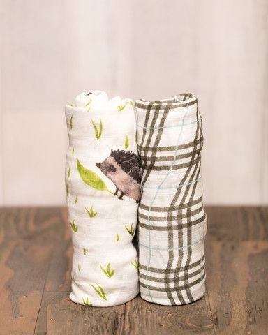 "BAMBOO SWADDLE SET Snuggle time available daily. Many versatile design that's great for swaddling, nursing, cuddling, and more. - two 47"" x 47"" swaddling blankets - 100% rayon muslin from bamboo fiber"