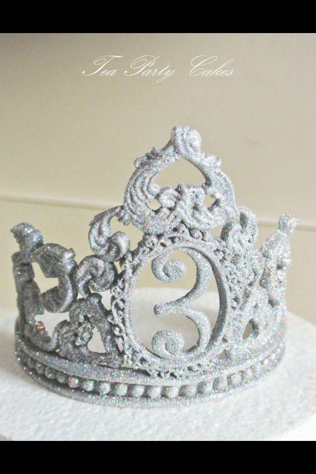 Tiara cake topper