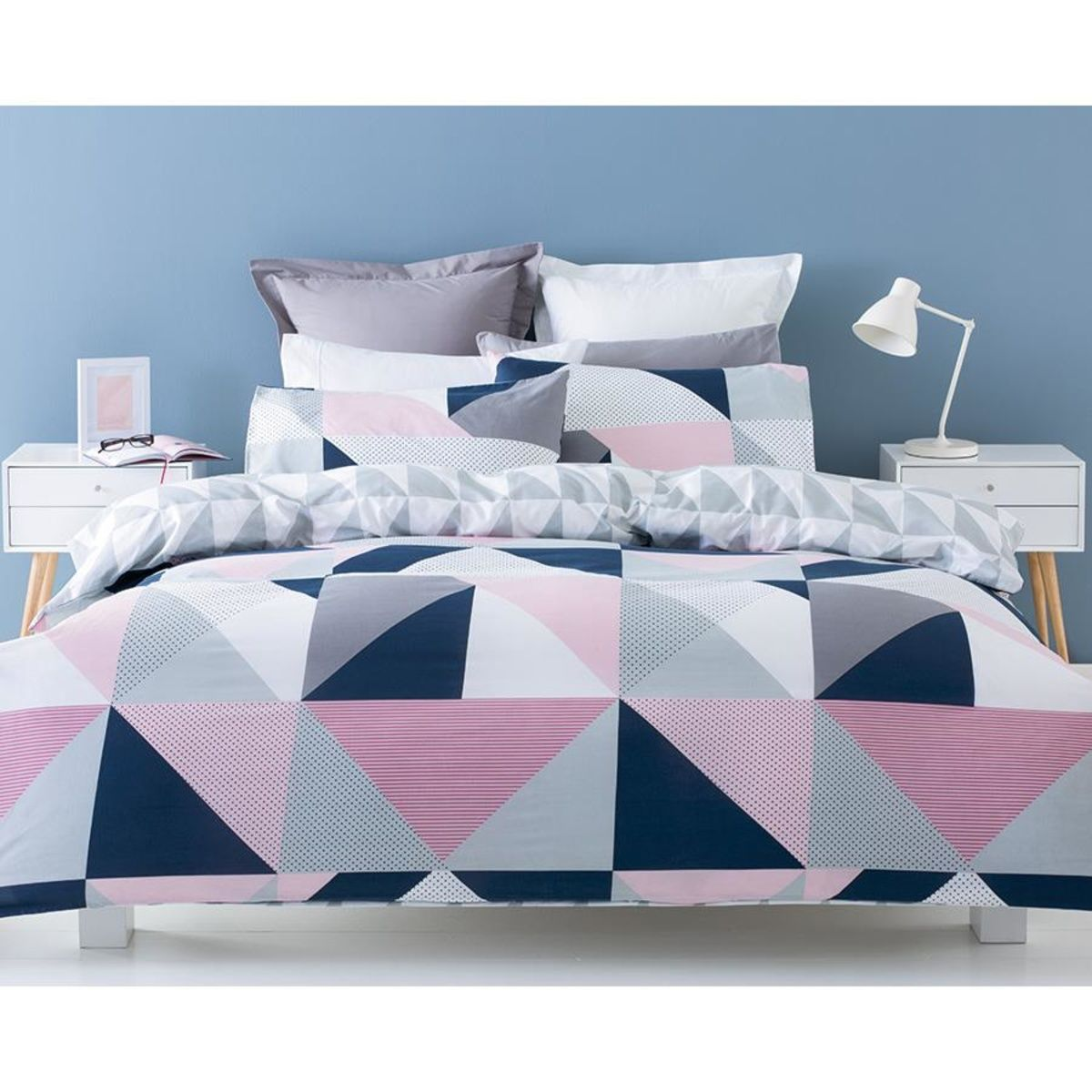 Jasper Reversible Quilt Cover Set - Single Bed   Kmart   GEOS ... : quilt covers single bed - Adamdwight.com