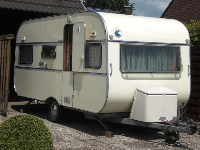 vfw fokker oldtimer wohnwagen 1 hand garagenfahrzeug charmy caravans pinterest. Black Bedroom Furniture Sets. Home Design Ideas
