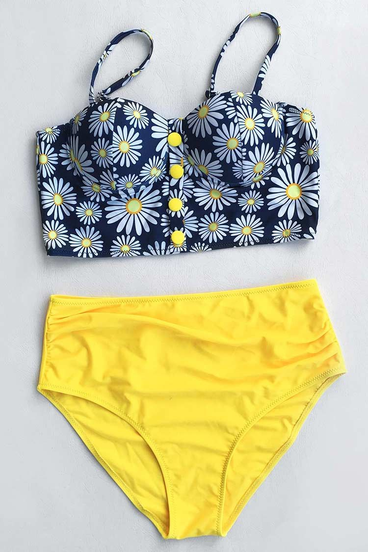 9cb80547fc Cupshe Flower Play Daisy High-waisted Bikini Set | Swimwear ...