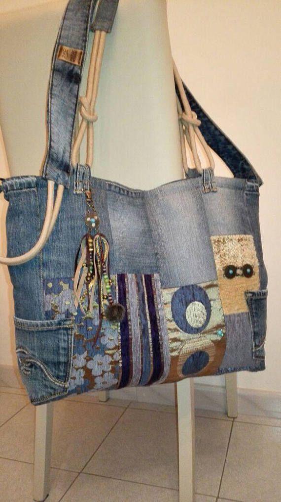 Artículos similares a bolsa de patchwork de jeans, bolso de compras con correa con cordón y dos bolsillos exteriores, bolsillo de borla, bolso de hombro en etsy