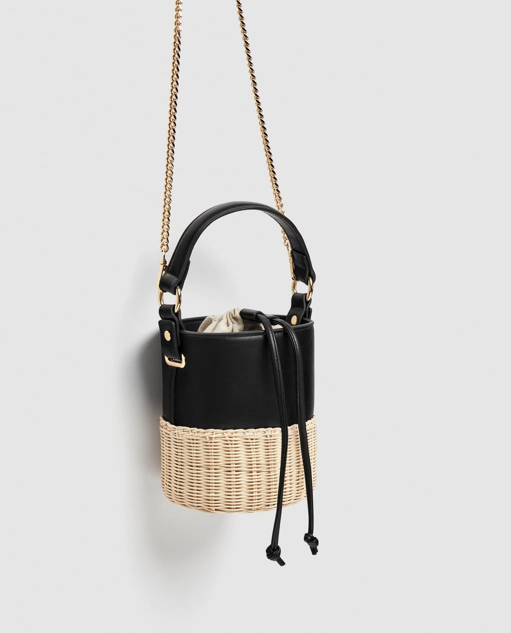 391e25d401 Image 4 of BUCKET RAFFIA CROSSBODY BAG from Zara | Bags | Bags, Zara ...