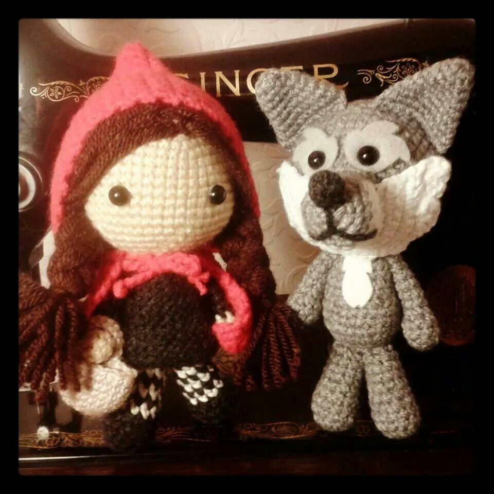 Little red and the big bad... crochet