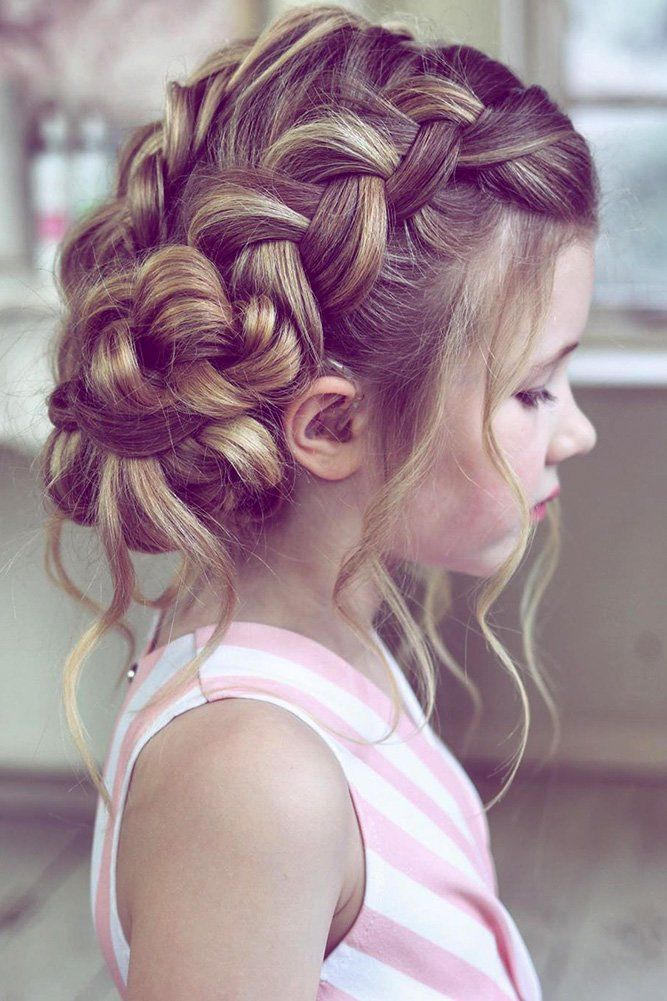 33 Cute Flower Girl Hairstyles (2020 Update) | Wedding Forward