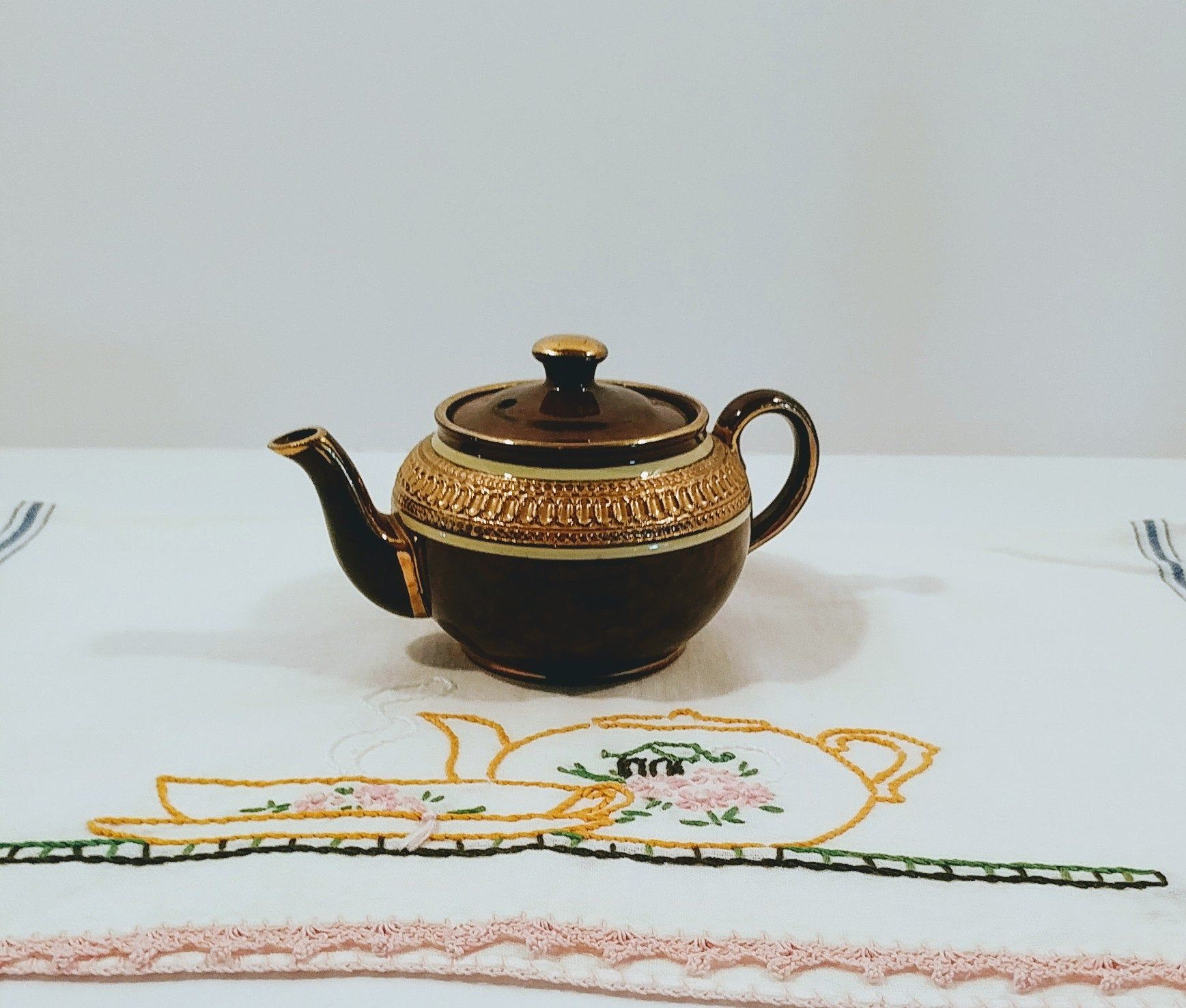 Small Brown  Half Tortoise Shell Design Half Textured Teapot Sadler Glazed Tortoise Shell Design and Textured Teapot Made in England Vtg