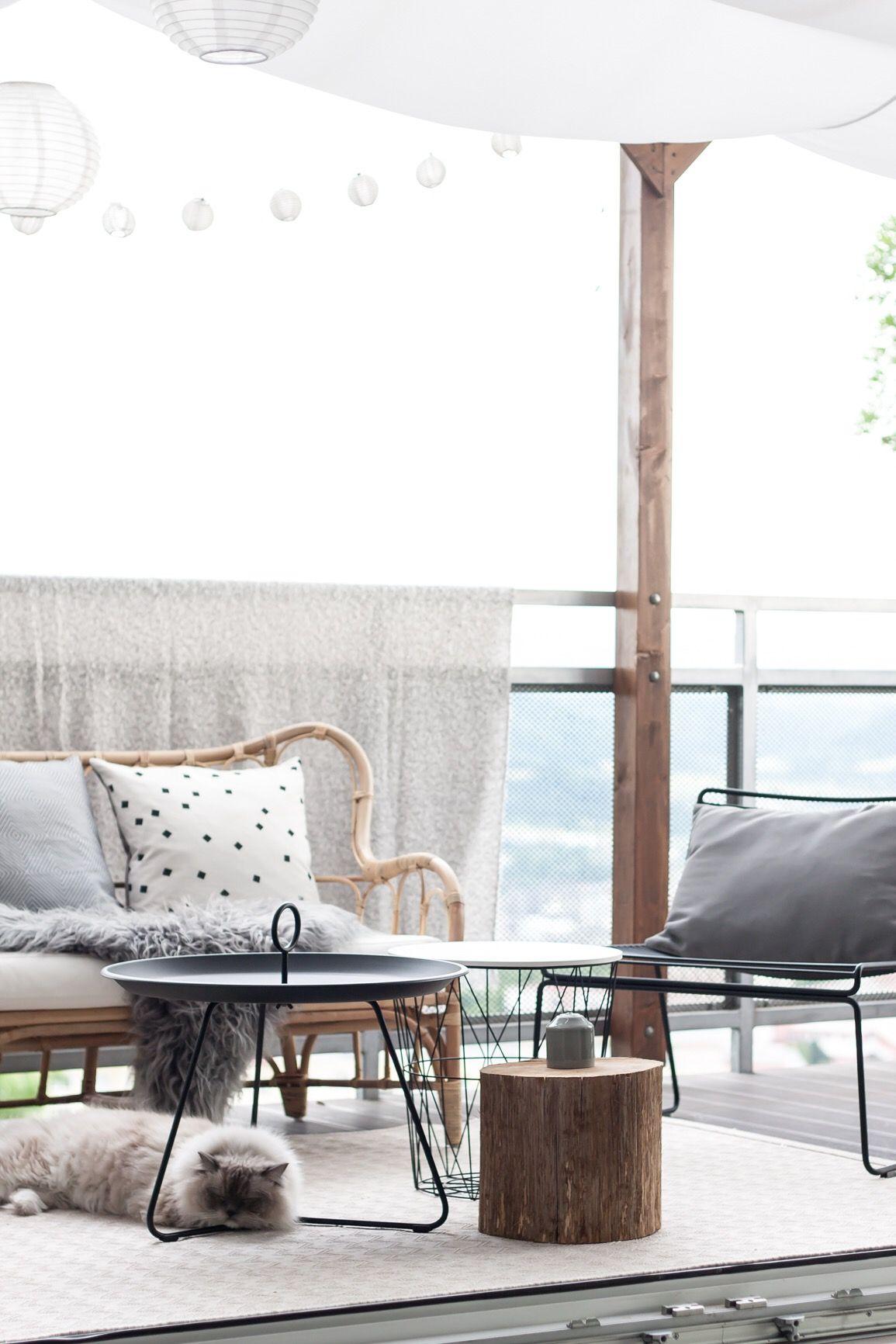 Hay Hee Lounge Chair Combined With Rattan Mastholmen Ikea Sofa Ikea Sofas Wohnzimmer Ideen Interieur