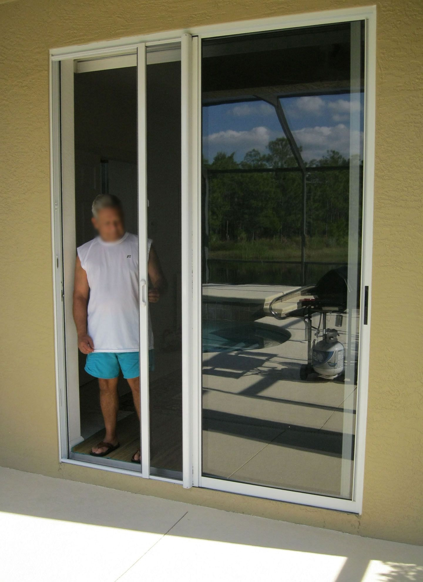 Retractable screen for sliding glass doors http glass retractable screen for sliding glass doors planetlyrics Gallery