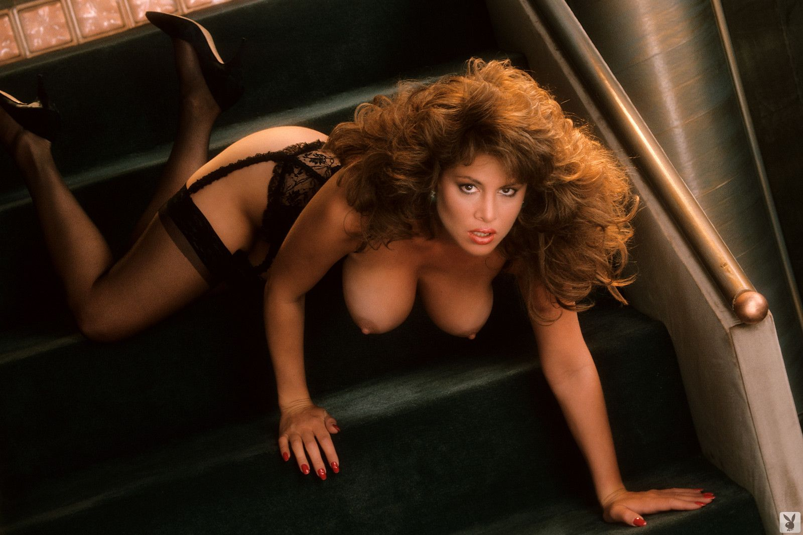 Short thick curvy black girl nude