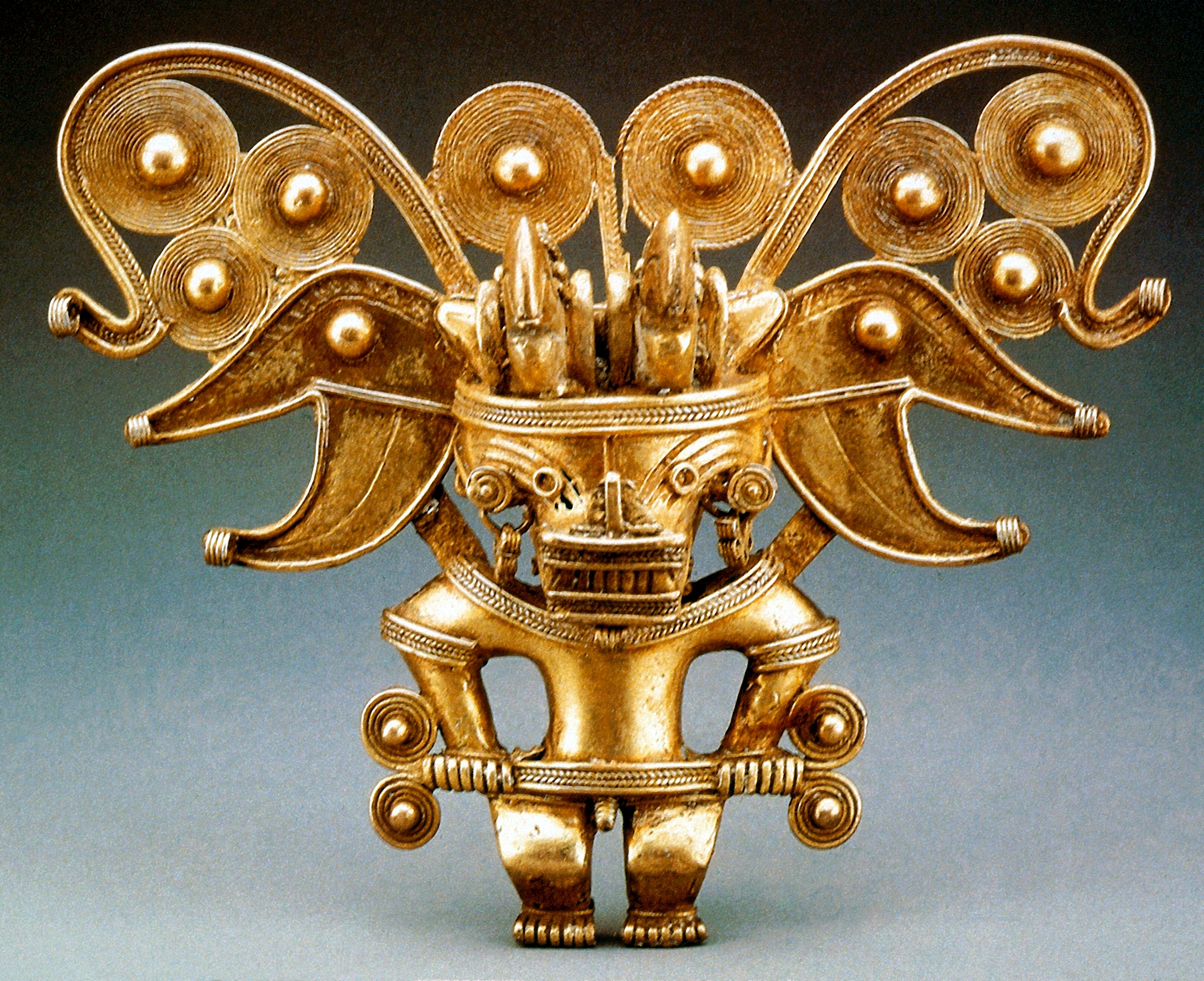 Arte Precolombino Tayrona Gold Pendant Depicting Masked Priestly Figure Tairona Culture