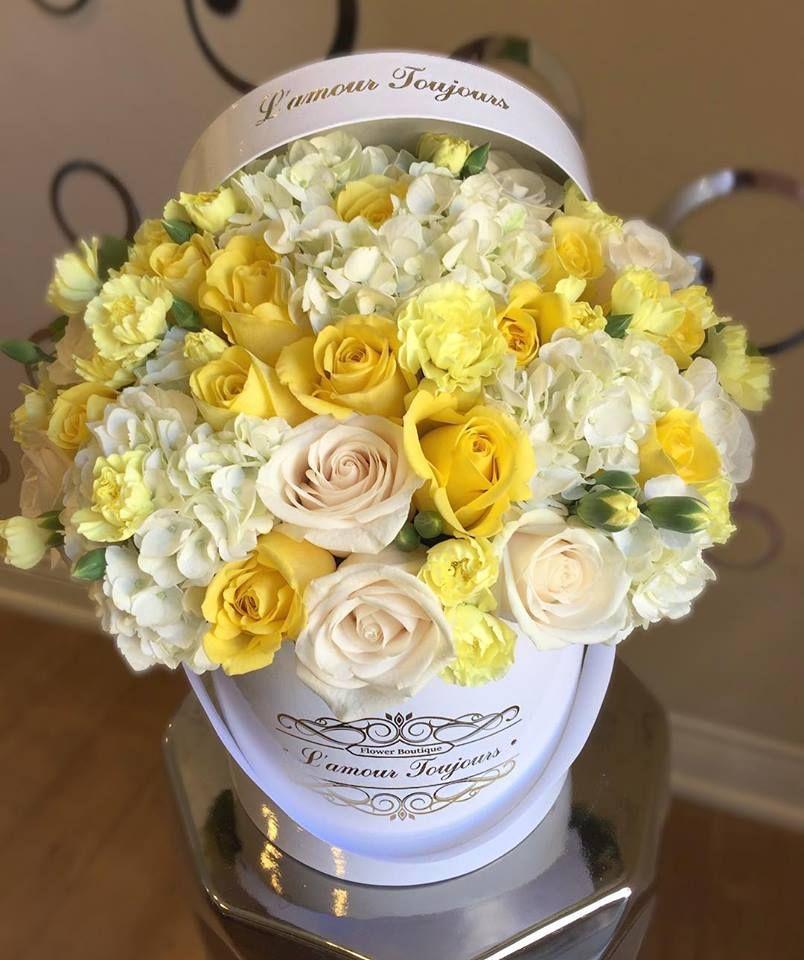 25 White And Yellow Roses Carnations Hydrangeas Mix Fresh Flowers Arrangements Yellow Flower Arrangements Beautiful Bouquet Of Flowers