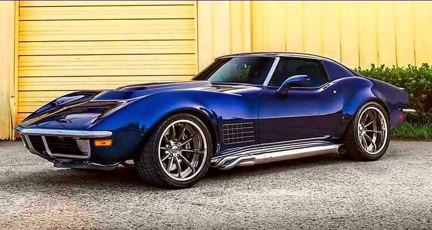 Pin By Vlad Mazek On Corvette With Images Classic Cars Trucks