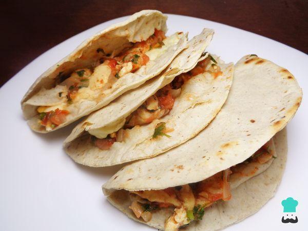 Receta De Quesadillas De Pollo Mexicanas Recetasgratis Recetasmexicanas Comidamexicana Cocinamexicana Quesadillas De Pollo Pollo Mexicano Recetas Mexicanas
