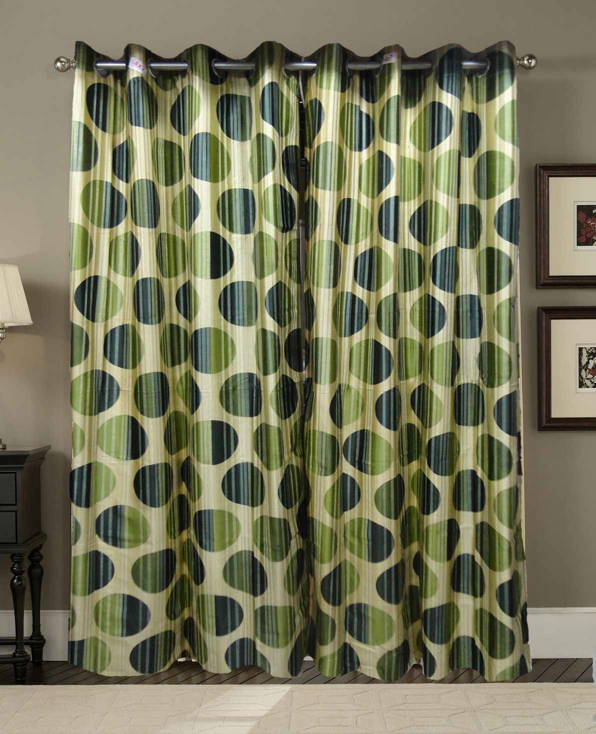 If you crave a curtain you can very well opt for our eyelet