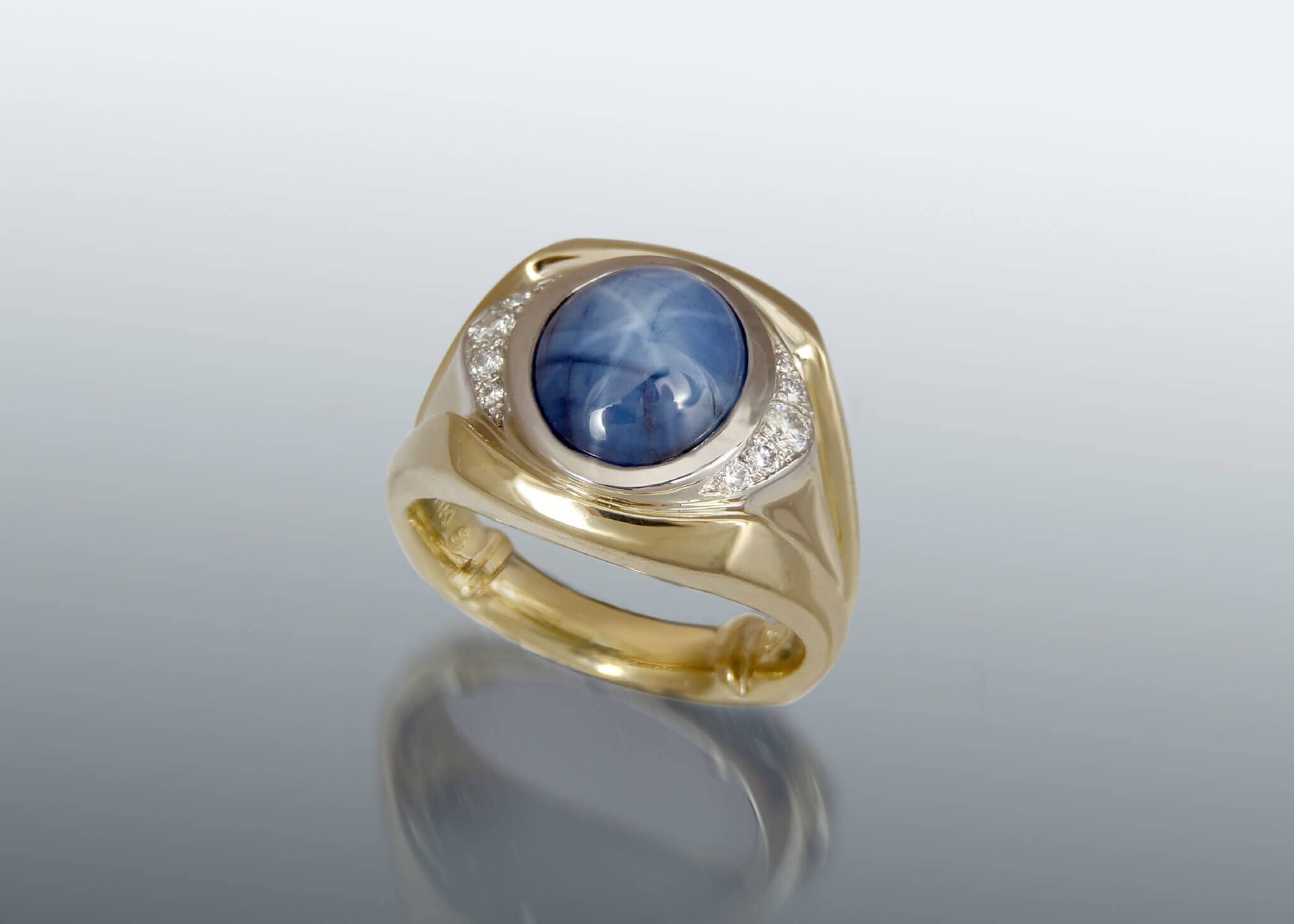 consignment star ring blue upscale sapphire diamond gold