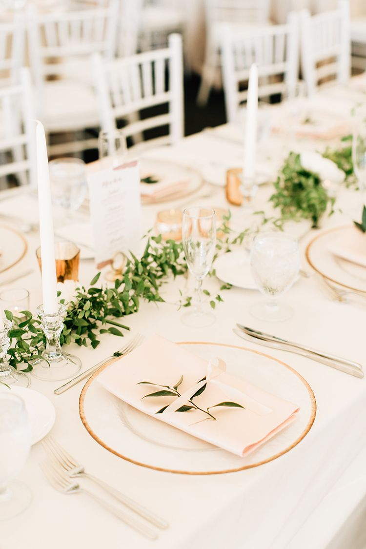 Romantic Pacific Northwest Wedding with Mauve and Champagne ...