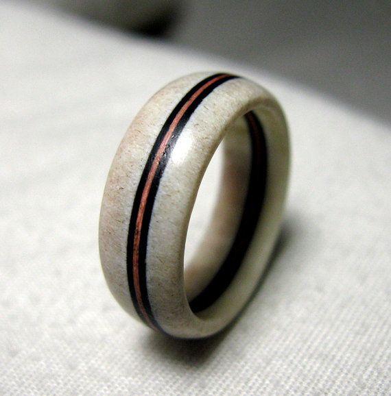 Deer Antler Ring Bone Ring With Carbon Fiber Inlay In 2020 Deer Antler Ring Antler Ring