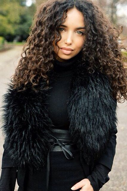 Naturally Curly Best Hair Colors For Curly Hair Colored Curly Hair Curly Hair Styles Naturally Brown Curly Hair