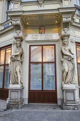 Oberösterreichhaus Vienna, by aleksandrsannikov