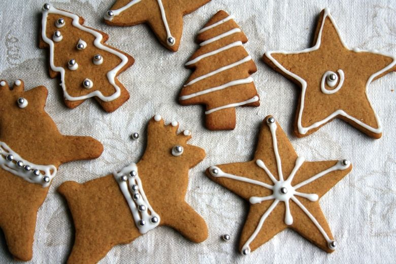 Gingerbread Cut Out Cookie Recipe For Holiday Decorating Crosby S