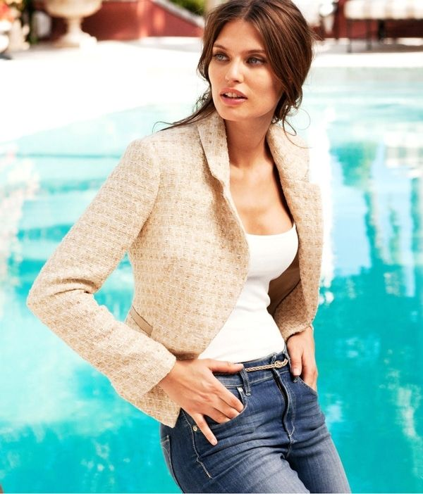 1bd9a2a34c9 This fashion tip for women with large breasts is about choosing the right  kind of jacket. Women with larger busts should steer clear of boxy or  bomber ...