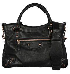 I wouldn't say no if someone wanted to give this to me. Balenciaga Town purse. $2350 i waaaaaaaannnnt :)