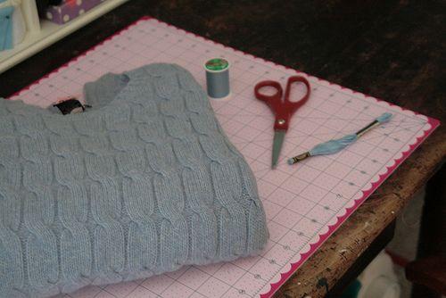Eine Tasche aus `nem alten Pulli! Tolle Idee und noch besserer Blog!