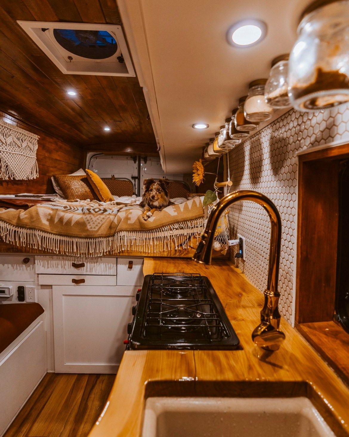 Photo of DIY Self Built Van Conversion: 2017 Ford Transit – Nikki Größer