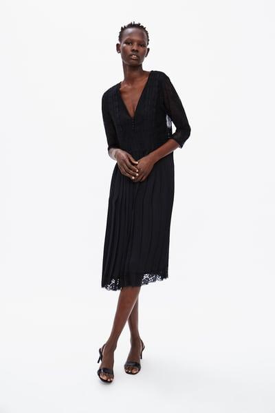 Plisowana Sukienka Z Koronkowymi Wstawkami Z Zara Belted Midi Dress Dresses Pleated Dress