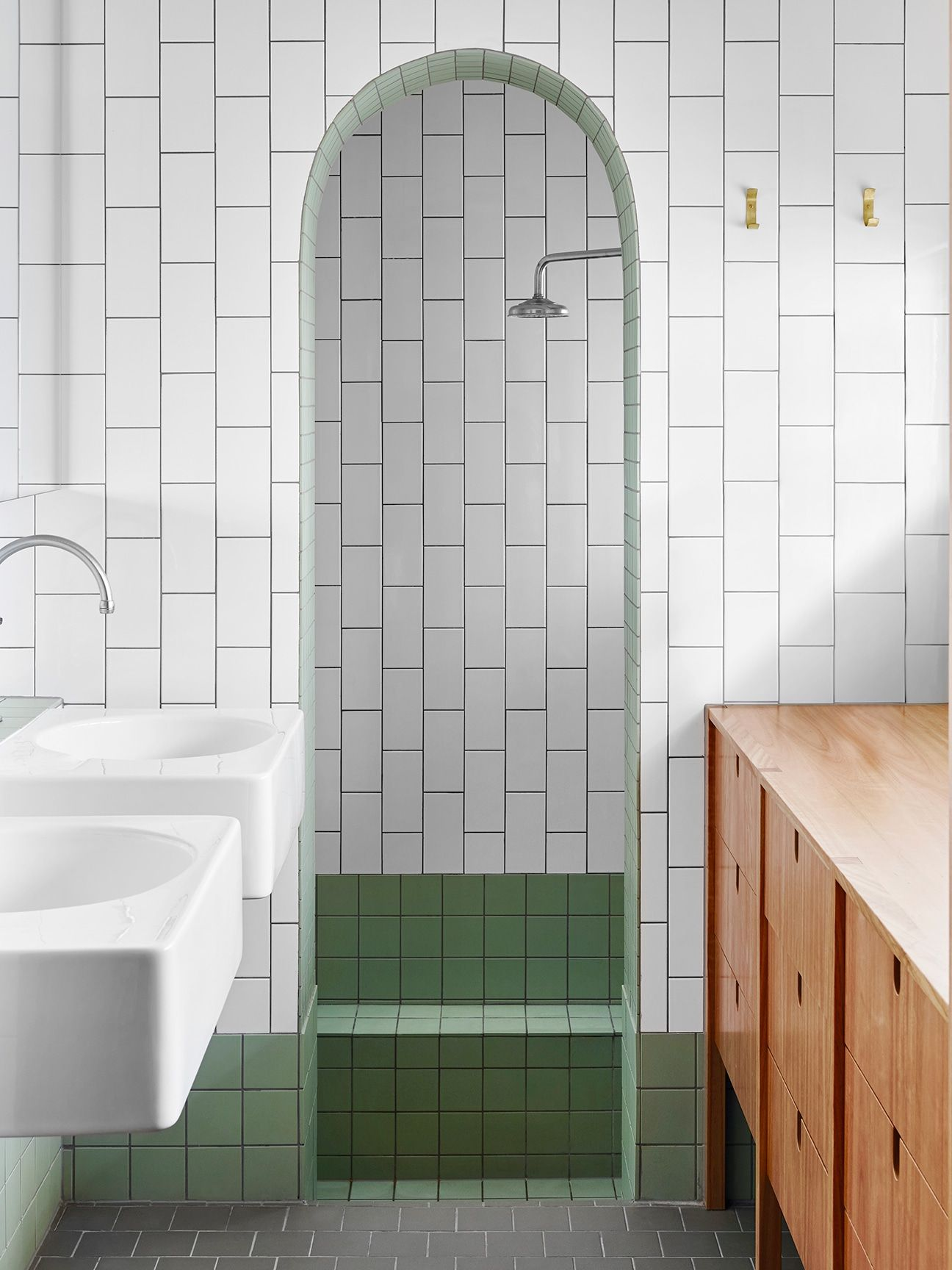Instead Of Glass Shower Doors Try An Archway In A Small Bathroom Shower Doors Glass Shower Doors Big Bathrooms