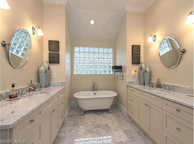 Claw Foot Tub And Dual Vanities Key West Style Beach Home For