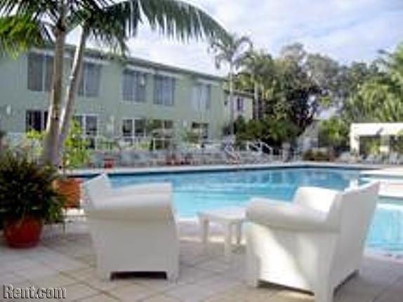 Design Place Apartments   Miami, Florida 33137. Apartment, 500 Units 5175  NE 2nd