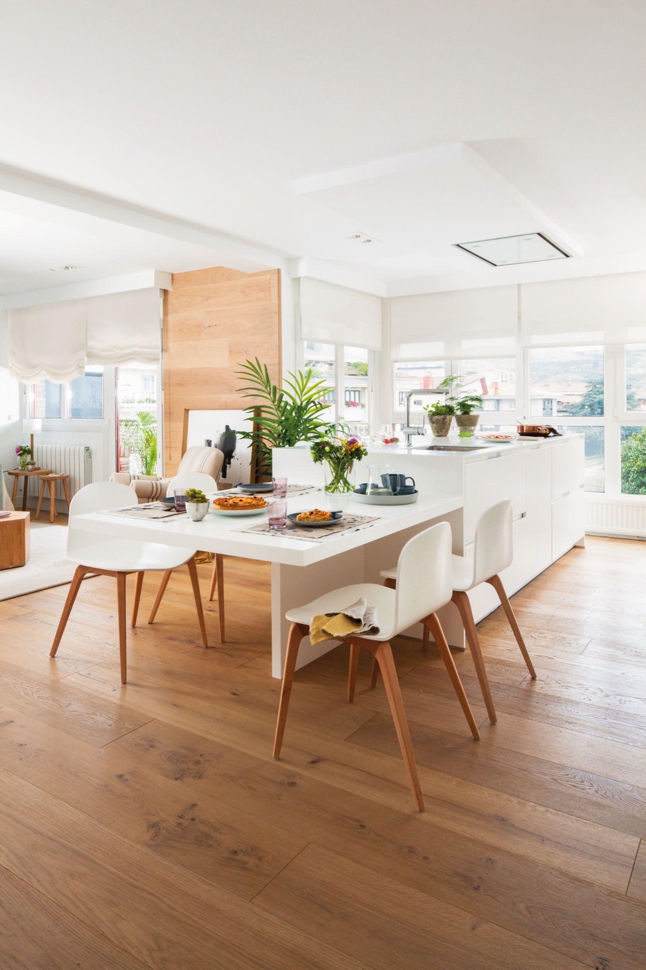 Una cocina unida al comedor a la maison cocinas mesas de cocina y comedores Mesas para cocina comedor