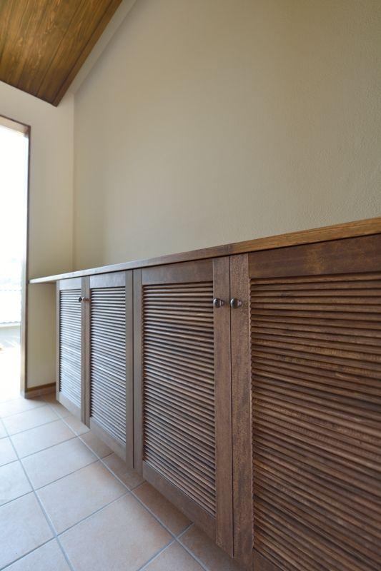 造作玄関収納はガラリ扉付き 玄関 造作 家 インテリア