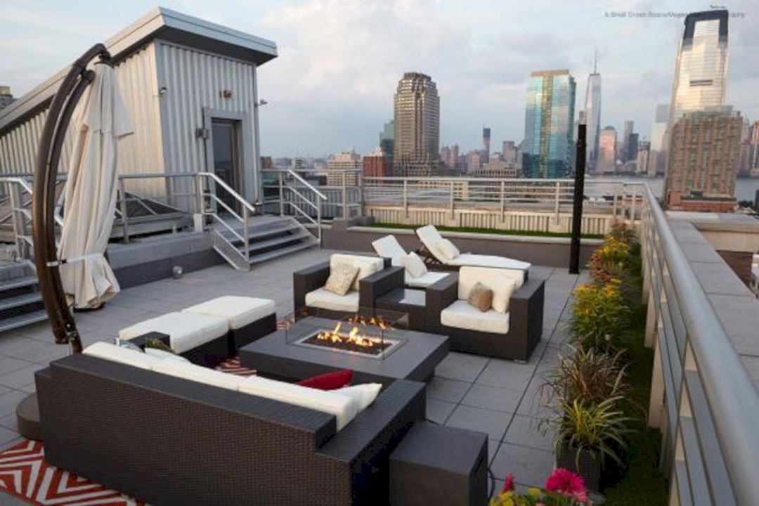 Cool 25 Amazing Rooftop Decks Living Spaces Ideas For Fun Party Spaces Https Decoredo Com 16583 25 Rooftop Patio Design Rooftop Patio Rooftop Terrace Design