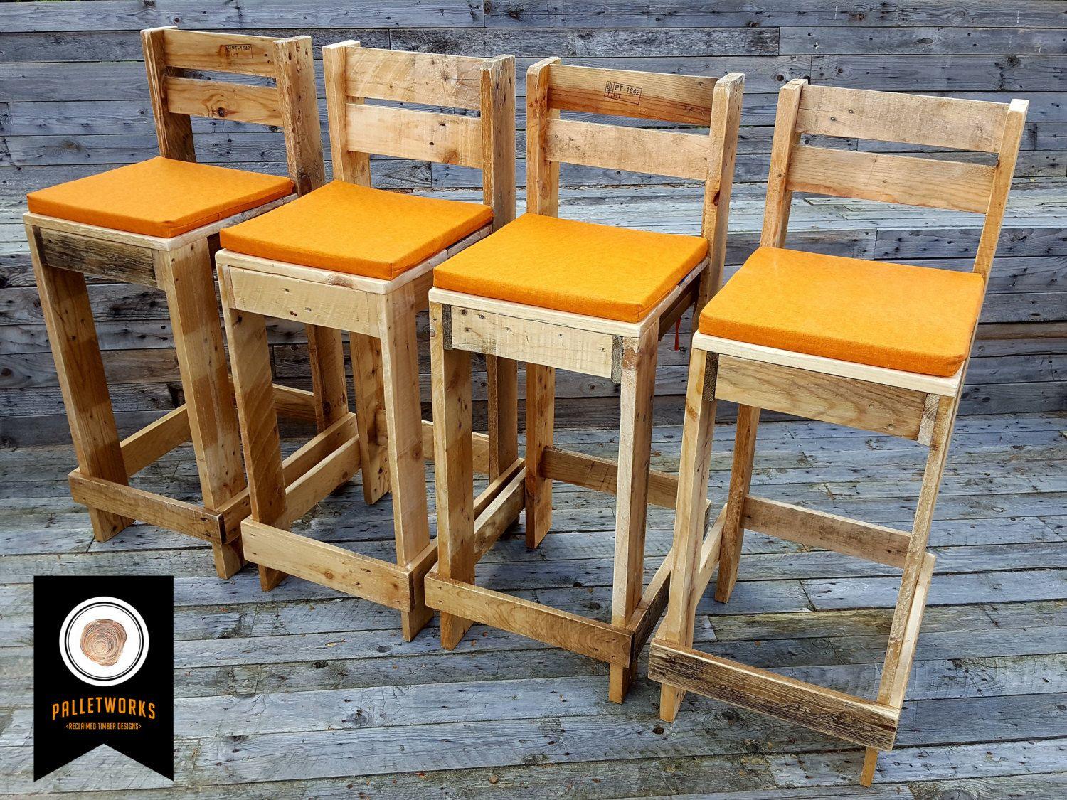 Sgabello Pallet ~ Pallet bar stool seat chair reclaimed recyled by palletworksuk