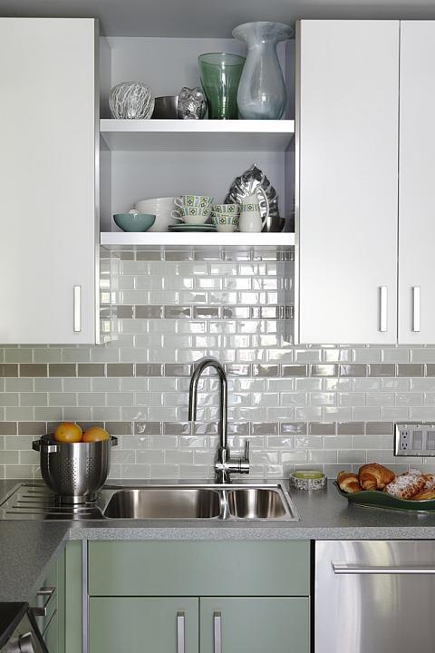 Sarah Richardson Sarah 101 Green Kitchen Sink Subway Tile Kitchens